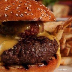 Jason's has Big Burgers